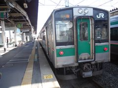 小牛田駅の一ノ関駅行です。1世代前の電車は優しいフェースで、ほっとします。