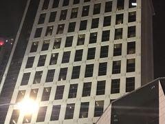 ホテルに戻る途中に「marriott」発見。  ホテルを見ると写真を撮ってしまうのはホテルマンの職業病なのかな?