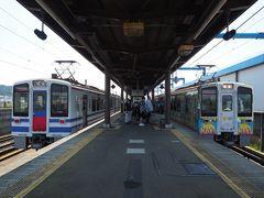 六日町駅行きもやってきました。両方面の列車をパチリ。