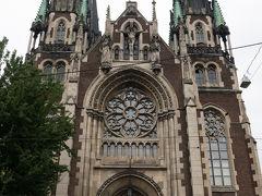 聖オルハ・エリザベス教会. 1905年8月15日に礎石が敷かれ,1991年10月22日に教会として聖化されたそうです.しかしながら1946年6月~1991年6月の間,教会は閉鎖され放置されていたとのこと.1991年7月24日にギリシャカトリックの儀式にて典礼が行われ,現在の教会となったそうです.