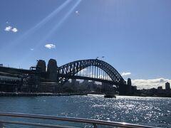 こちらシドニーは冬の空なんですが・・・。