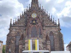 フラウエン教会を撮影しましたが、残念ながらこんな感じです。  フラウエン教会は、前回訪問時に入ったので、今回はパスします。