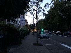 おはようございます。 ブリュッセル2日目の朝です(正確には3日目?)。 比較的早めのフライトなのでジョギングは無しで6時過ぎにはチェックアウト。