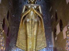 アーナンダ寺院。