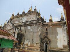 マヌーハ寺院。