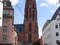 続いて市場のすぐ近くにある大聖堂へ!