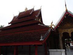 こちらは「ワット・マイ・スワナプーマハム」という寺院です。