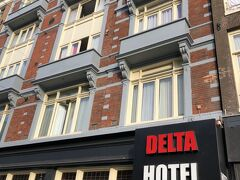 古い感じのホテルだったけど、懐かしい感じでなかなか良かった (お部屋のカギはカードタイプです) わたしはこういうホテルも好き ちょっとだけだったけど、お世話になりました