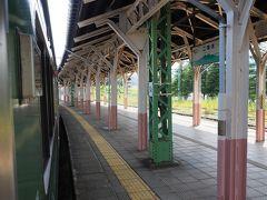 到着、二本木駅。 妙高号で乗った頃を思い出しますねーと書きたいところですが、なんだかんだで妙高号乗れずじまいだったんですよねー。それより前はよくわからない……。
