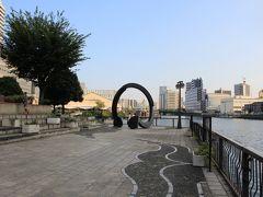 高浜運河遊歩道の曲がり角に不思議なオブジェ