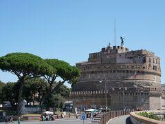 サンタンジェロ城かっこいいです