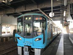 IRいしかわ鉄道で富山にむけて出発