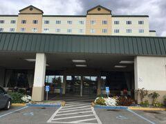 ウエストマーク フェアバンクス ホテル & カンファレンス センターに到着です。 空港から直行20分。