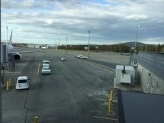 JAL直航便で成田からフェアバンクス国際空港 (FAI)に来ました。 早い。 あっという間でした。