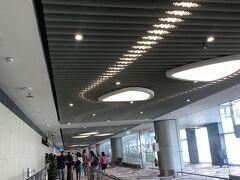 チャンギ国際空港到着  やっぱりシンガポールは洗練されているな