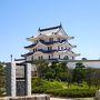 阪神甲子園駅から10分ほどでしょうか? 阪神電車で結構すぐ。 尼崎城です。
