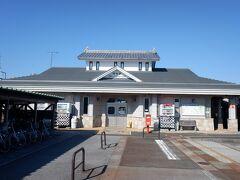 18きっぷシーズンも終わったので、今回は北陸おでかけパス、電車乗り継いで8時半頃に滋賀県の河毛駅に到着。ちなみに長浜駅より北、福井県境まで今では長浜市になっています。駅自体は無人駅ですが、駅に隣接してコミュニティハウスがあって、そこで観光案内もしていて、レンタサイクルも借りれます。