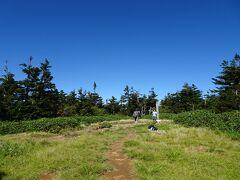 苗場山(標高2145m)に登頂♪ 日本百名山の88座目。