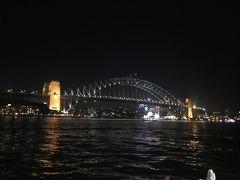 ハーバーブリッジの夜景 前回シドニーに来たときは出張でした。 このときは毎日NorthSydneyまでこの橋を渡って通っていました。