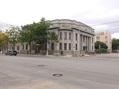北海道拓殖銀行 豊原支店  現在はサハリン州立美術館の建物として使われています。