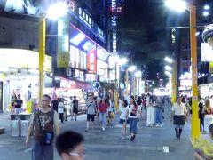 で、19時過ぎ、西門に帰還。 台湾も連日の猛暑。本日も早々に閉店ガラガラです。続く。