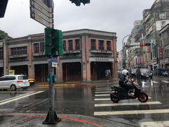 康定路を避けて帰りたかったので、広州街の方を歩いたのですが、剥皮寮歴史街区を歩くことができました。