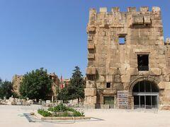 最初の観光地は、世界遺産バールベック。レバノンの5つの世界遺産のなかでも、一番の見どころとされています。