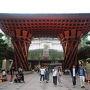 (空港バス)小松空港 → 金沢駅 1130円  松任海浜公園あたりを通ったときに見えた夕日がめっちゃキレイだった! 補助席だったから、チラッとしか見えなかったけど。  18時ちょうど、金沢駅西口に到着したら東口へ。