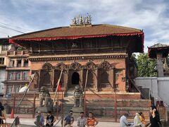 シヴァ・パールヴァアティー寺院