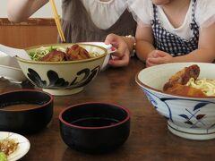 お昼ご飯は近くの「なかむらそば」へ。  麺がシコシコしていて美味しいです。おすすめです。 座敷席で子ども椅子もあり、娘とゆっくり食べられました。