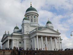 元老院広場側からみた大聖堂。