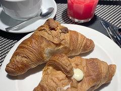 イタリア最後の朝食。 カスタードクリームとチョコクリームです。