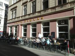 ここも有名なカフェですよね。