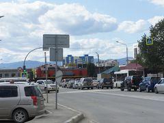 観光後、スタリーチヌイ前のバス停でバスを待ってたら、列車が来たので慌てて1枚