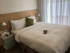 そこからてくてく歩いて5分くらい。 ダンディホテル天津。楽天のセールでダブル2泊が12000円程。  フロントに日本語バッチリのお姉さんがいる可愛らしいホテルです☆