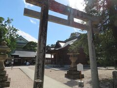 松江神社の鳥居。