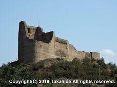 ベブリス要塞(?????? ????)  最初の要塞は紀元前1世紀に造られました。現在の跡は9世紀に造られたものです。   ベブリス要塞:https://en.wikipedia.org/wiki/Bebris_tsikhe