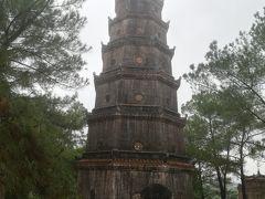 ティエンムー寺 フエ最古の寺とのこと