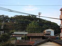 こんもりとした丘が黒崎城跡