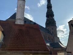そして、見えるのは『聖ペテロ教会』眺望がいいから、「ジュニアスィート」?(まだ、引きずってます)