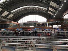 そしてサビハギョクチェン空港にて7時間のトランジット とりあえず、チェックインして荷物を預ける