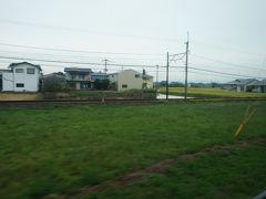 北野バス停付近では、西鉄北野線と平行します。北野駅から北野バス停までは、歩いて2分ほどです。  福岡(天神)から今村天主堂方面に行く際は、特急に乗って西鉄久留米で北野線のバスに乗り換えるのが便利。帰りは、北野で甘木線に乗り換え、宮ノ陣で急行に乗り換える方が接続良好なパターンが多いです。