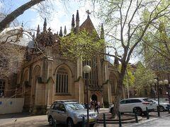 セントアンドリュース大聖堂。町中にこんなに素晴らしい建築が急に出てくるのが面白いし素敵。