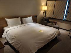 ホテルは直前でも1室1万円くらいで抑えられていつもお世話になってるここ。  実は全室フルリノベーション後は初宿泊。