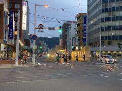 市電の函館駅前駅です。 今回乗りませんでしたが、路面電車はやっぱりいいですね。
