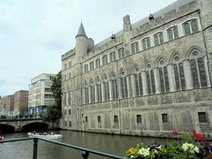 魔王ゲラルド城。ゲントの運河クルーズ、14年前に来た時私もしました。懐かしいな。