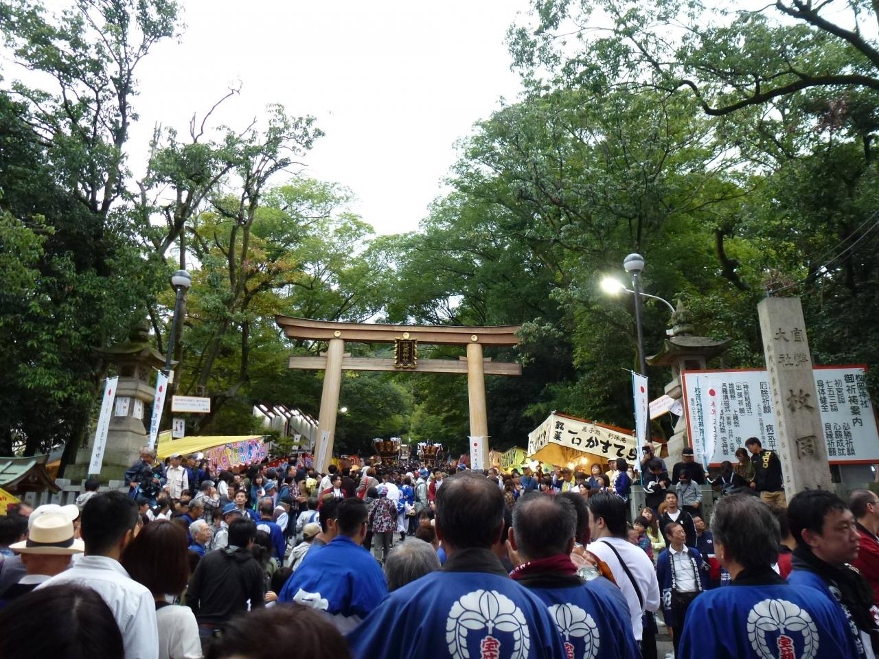大阪府と奈良県の県境・生駒山の麓に位置する枚岡神社  河内国一ノ宮と呼ばれる日本最古の神社の1つ。