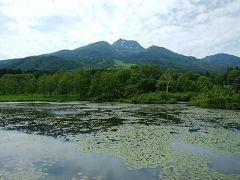 妙高高原に移動して いもり池から望む妙高山 ムムム雲が多くなってきたぞー
