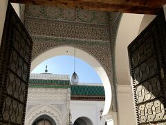 カラウィンモスクもチラッと観光。