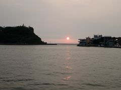 フェリーからの夕陽です。